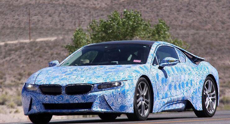 Erlkönig BMW i8 mit Innenraum