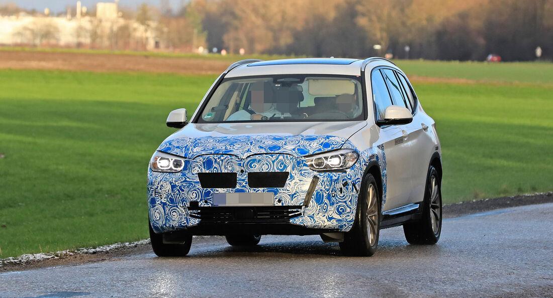Erlkönig BMW iX3