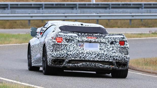 Erlkönig Corvette C8