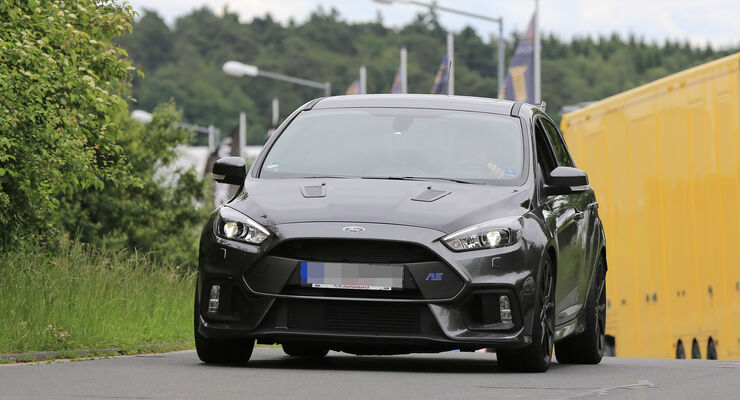 ford focus rs500 alles zum limitierten hardcore renner auto motor und sport. Black Bedroom Furniture Sets. Home Design Ideas