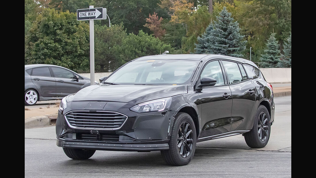 Ford Mondeo Hybrid 2021