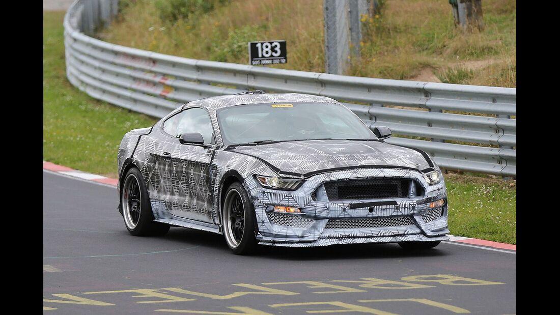 Erlkönig Ford Mustang SVT