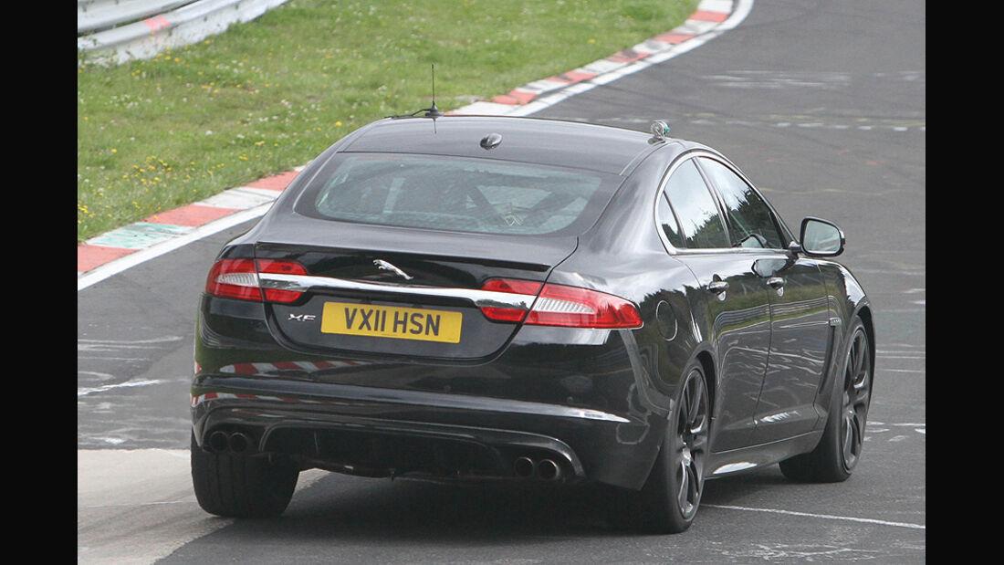 Erlkönig Jaguar XFR-S Muletto