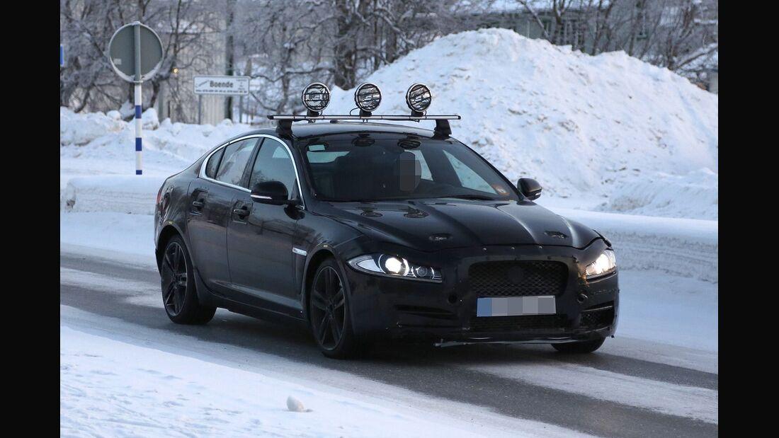 Erlkönig Jaguar XS