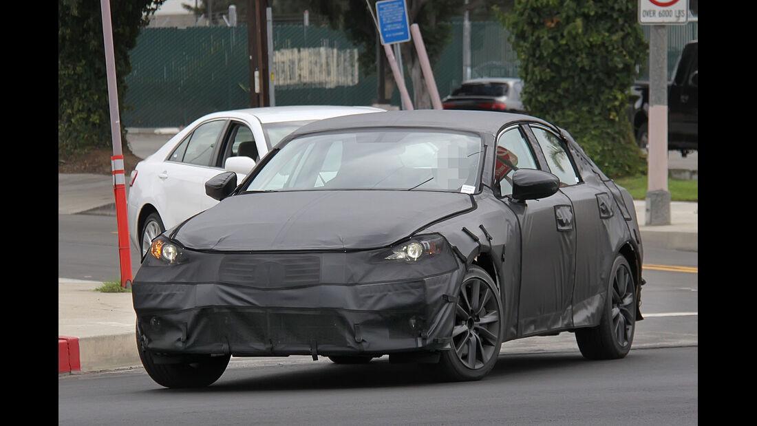 Erlkönig Lexus IS
