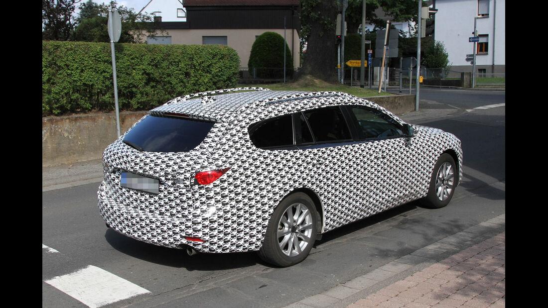 Erlkönig Mazda 6 Kombi