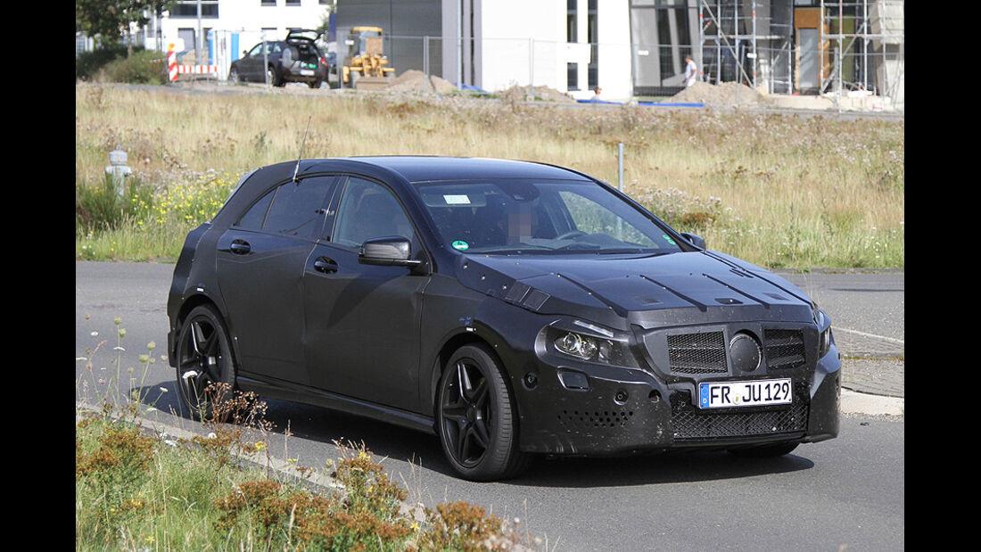 Erlkönig Mercedes A-Klasse AMG