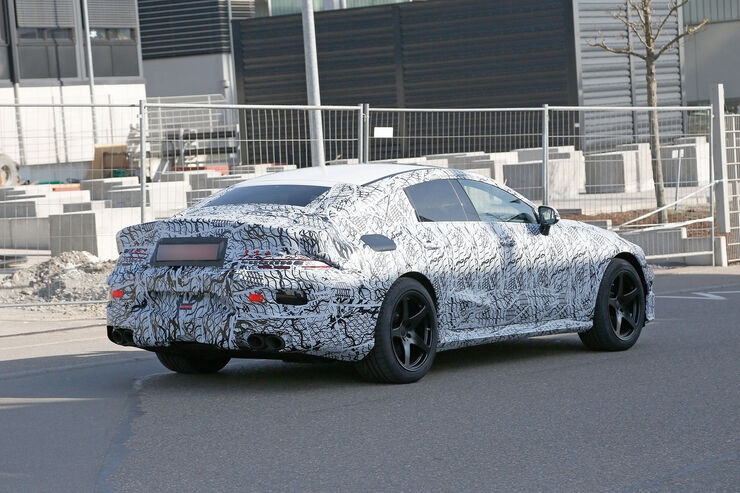Erlkoenig-Mercedes-AMG-GT-Coup--fotoshowBig-d28ca370-1057732