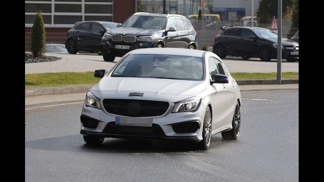 Erlkönig Mercedes CLA Shooting Brake 45 AMG
