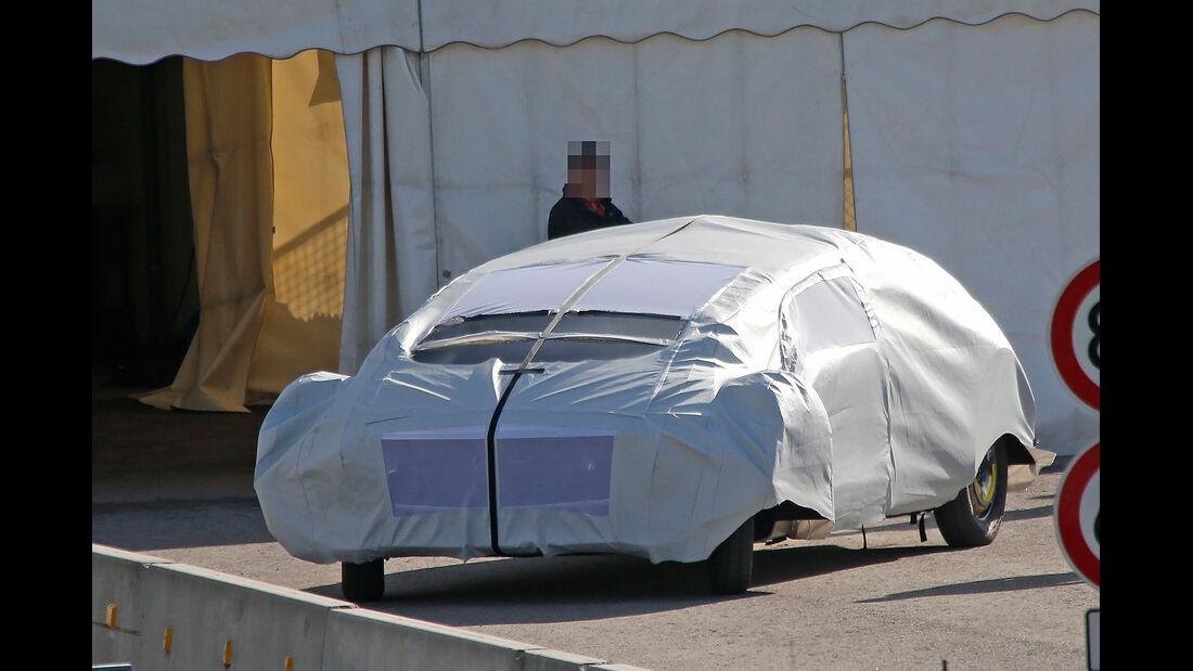 Erlkönig Mercedes-Studie CES 2015
