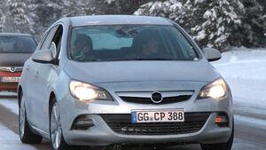 Erlkönig Opel Astra GSI