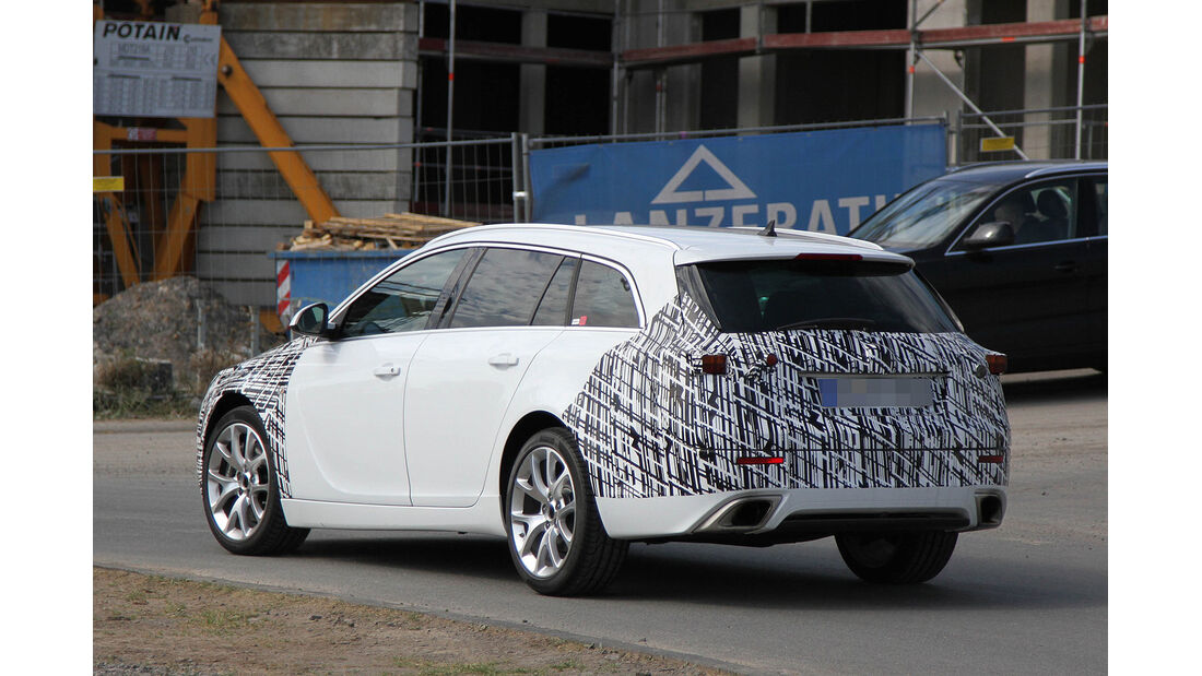 Erlkönig Opel Insignia OPC Sportstourer Facelift