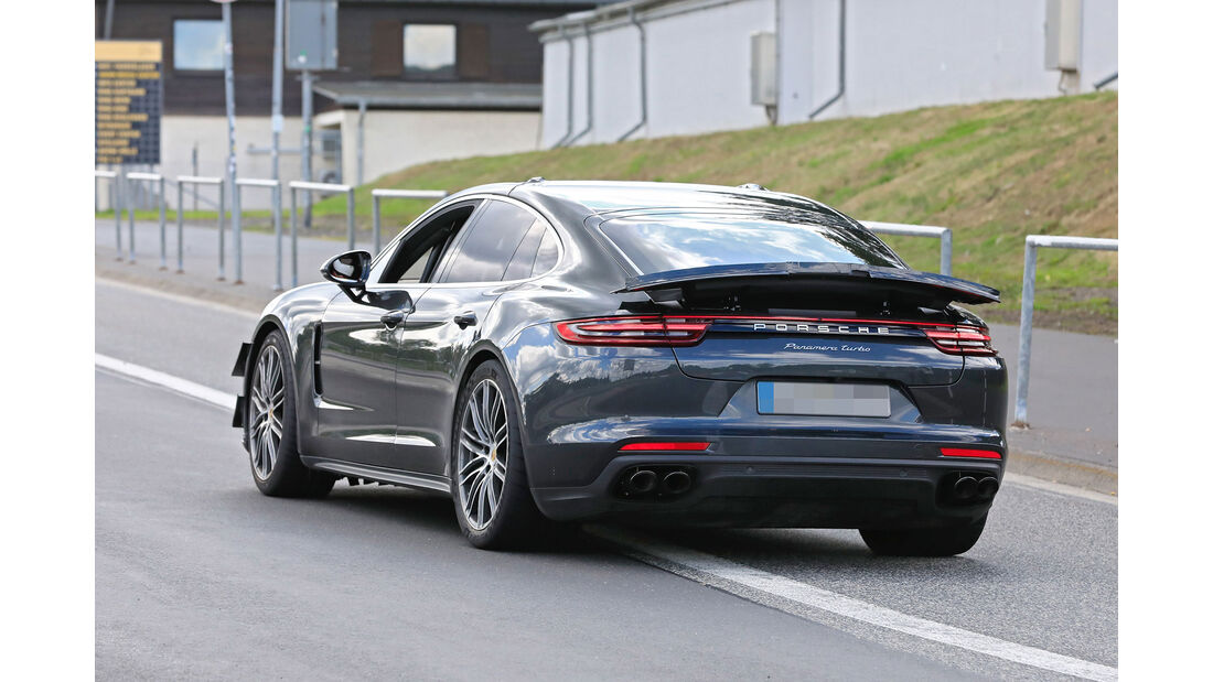 Erlkönig Porsche Panamera Turbo 820 PS
