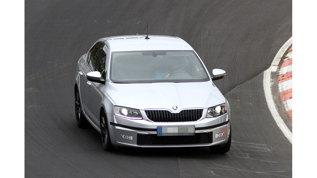 Erlkönig Skoda Octavia RS