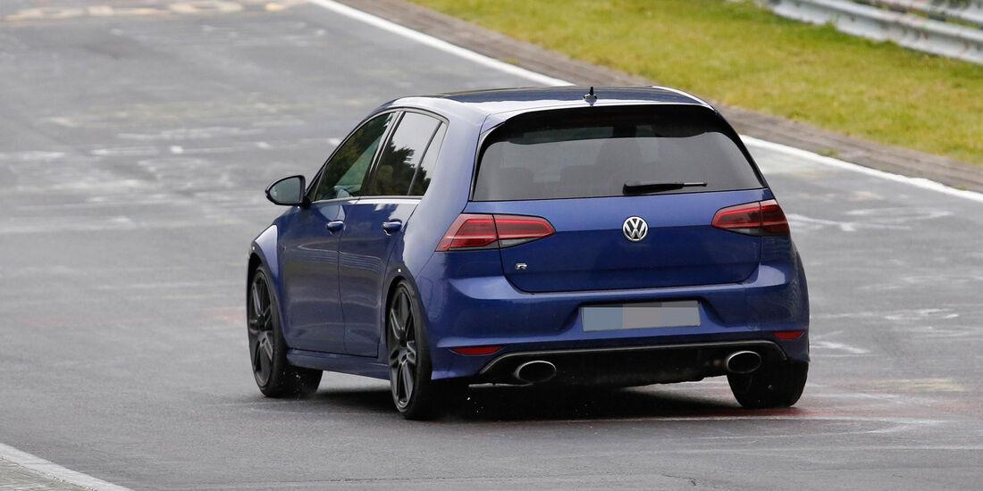 Erlkönig VW Golf R420