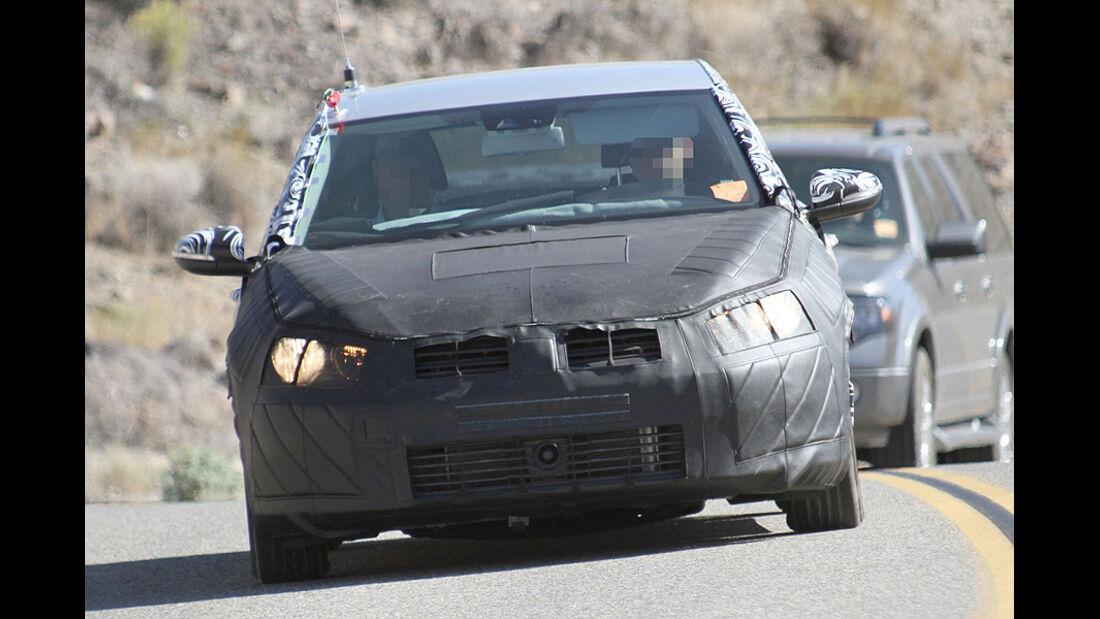 Erlkönig VW Golf VII Fünftürer