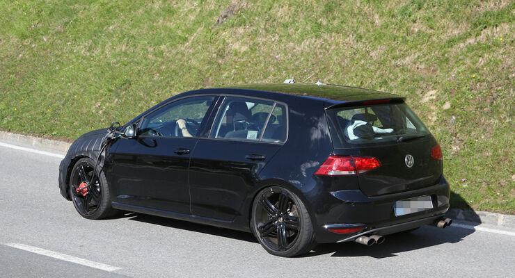 Erlkönig VW Golf VII R