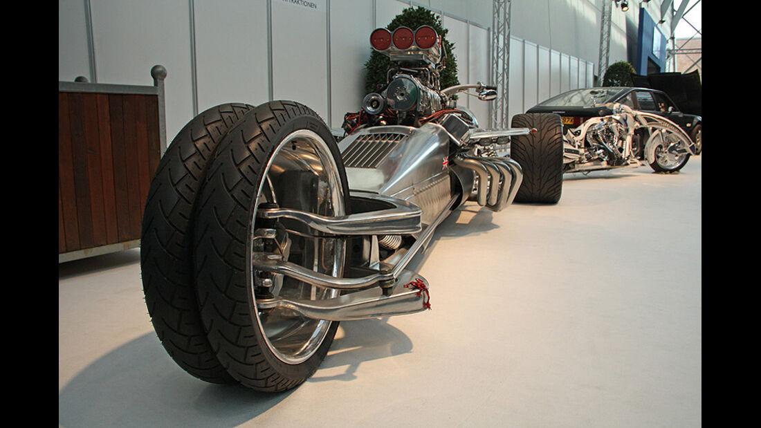 Essen Motor Show 2011, Hemi-Trike-Rocket