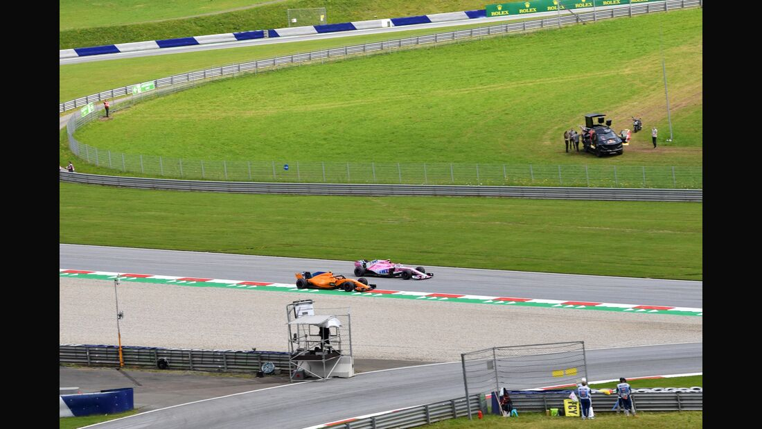 Esteban Ocon - Force India - Stoffel Vandoorne - McLaren - Formel 1 - GP Österreich - 29. Juni 2018