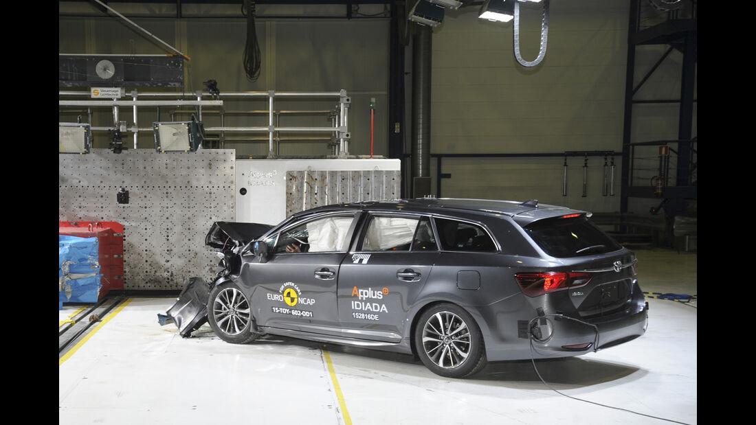 Euro NCAP - Crashtest Toyota Avensis