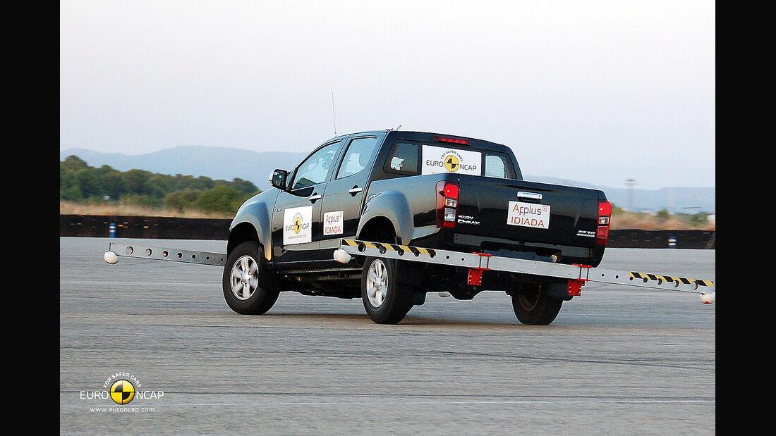 EuroNCAP-Crahtest Isuzu D-Max ESC