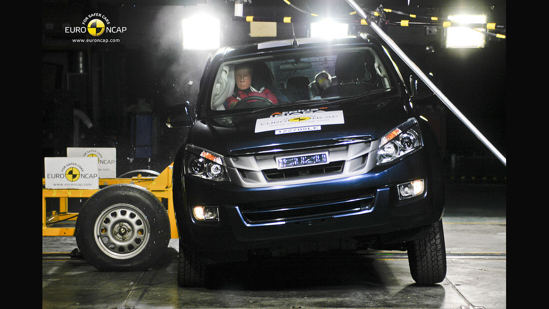 EuroNCAP-Crahtest Isuzu D-Max Side