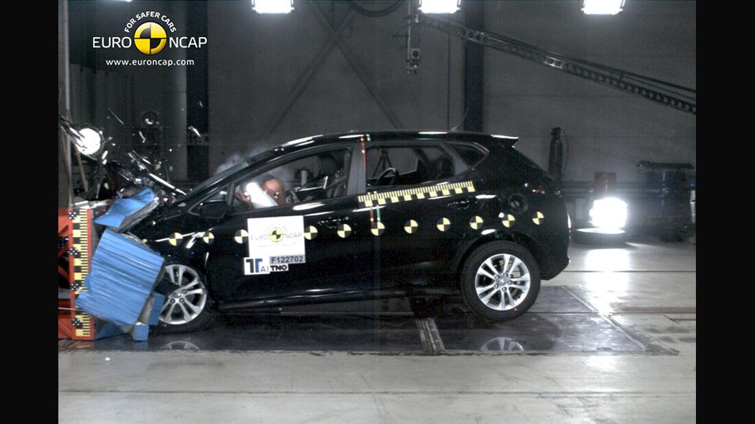 EuroNCAP-Crahtest Kia Cee'd Frontal