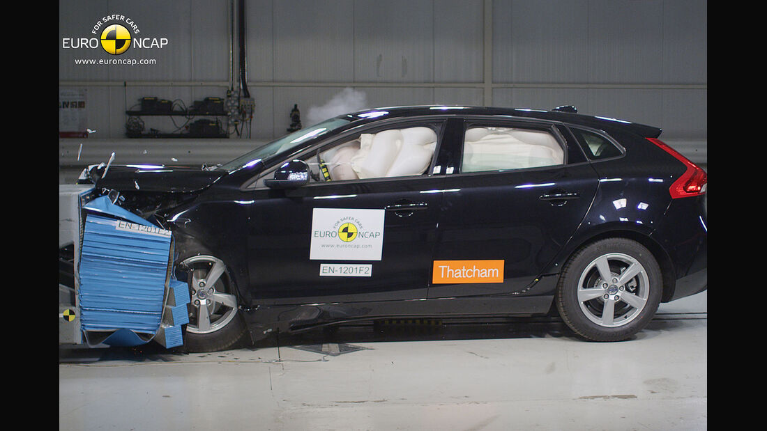 EuroNCAP-Crahtest Volvo V40 Frontal