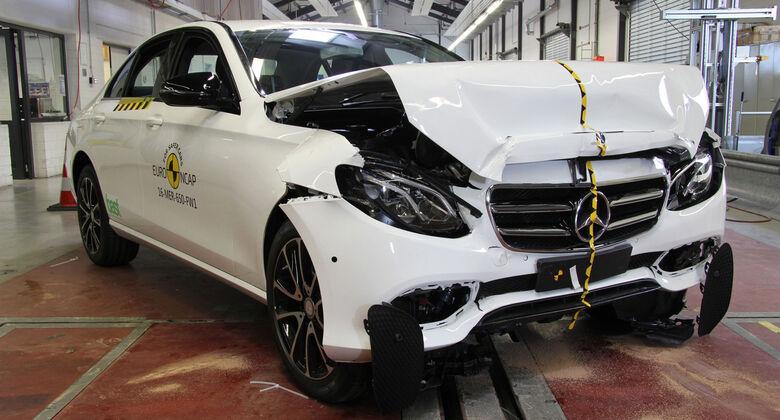 EuroNCAP Crashtest 2016 Mercedes E-Klasse