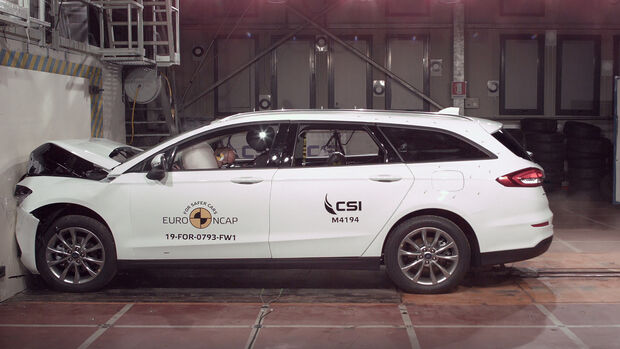 EuroNCAP Crashtest Ford Mondeo