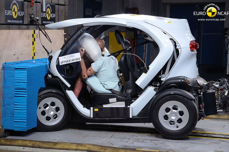 renault twizy im euroncap crashtest auto motor und sport. Black Bedroom Furniture Sets. Home Design Ideas