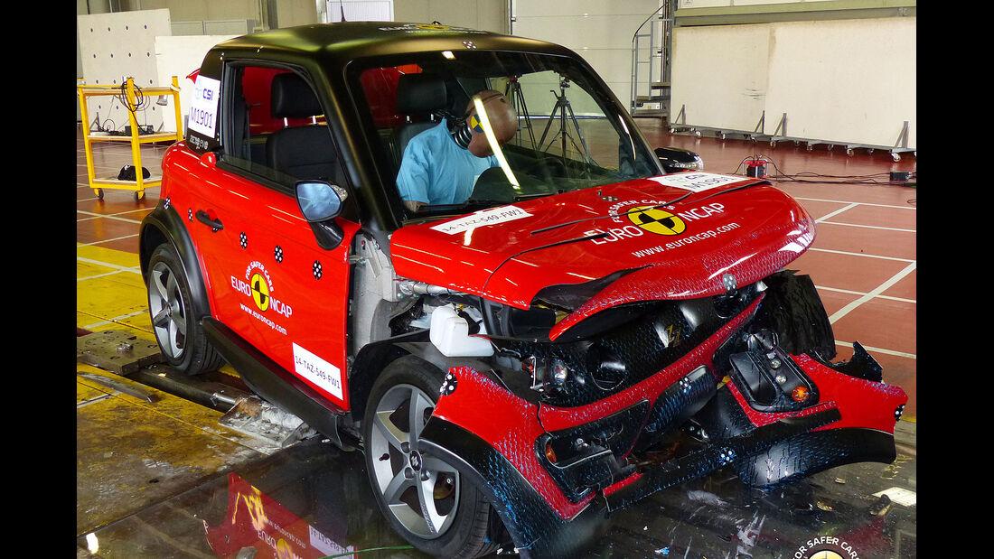 EuroNCAP Crashtest Tazzari Zero