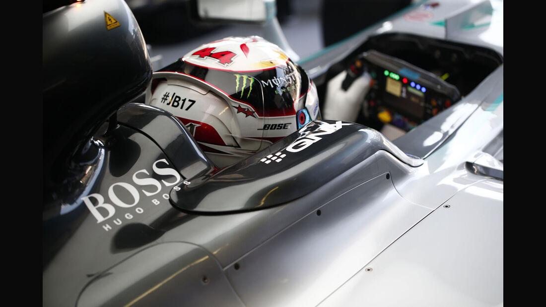 F1-Cockpit 2015