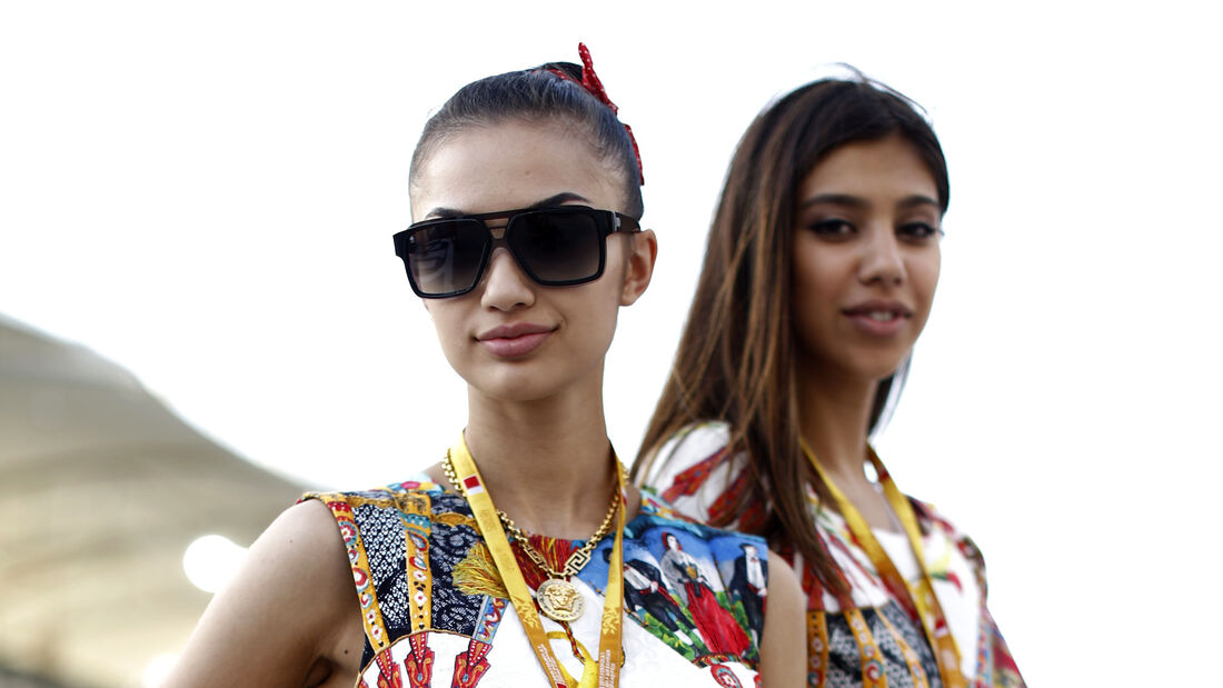 F1 Girls - GP Bahrain 2015