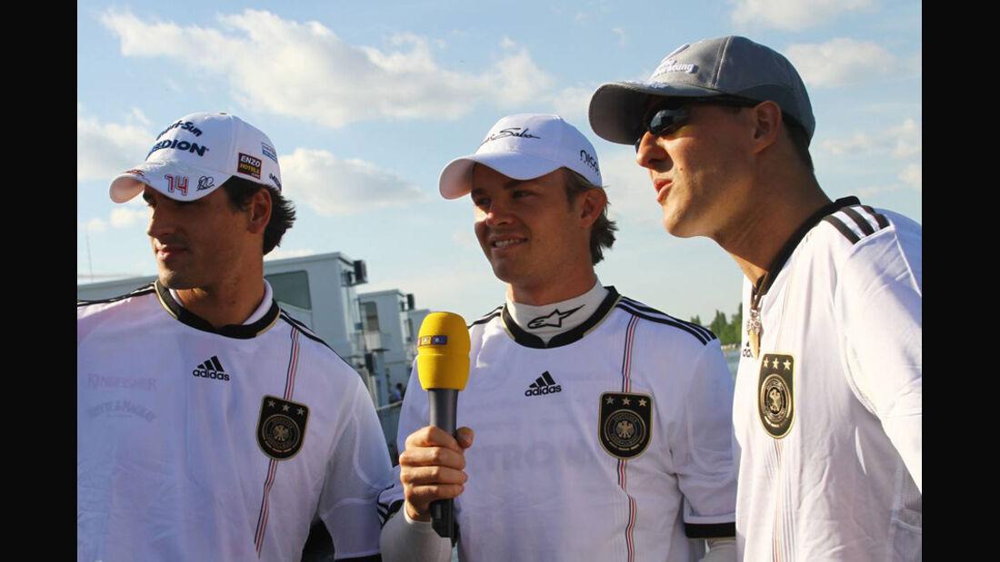 F1-Piloten im DFB-Trikot