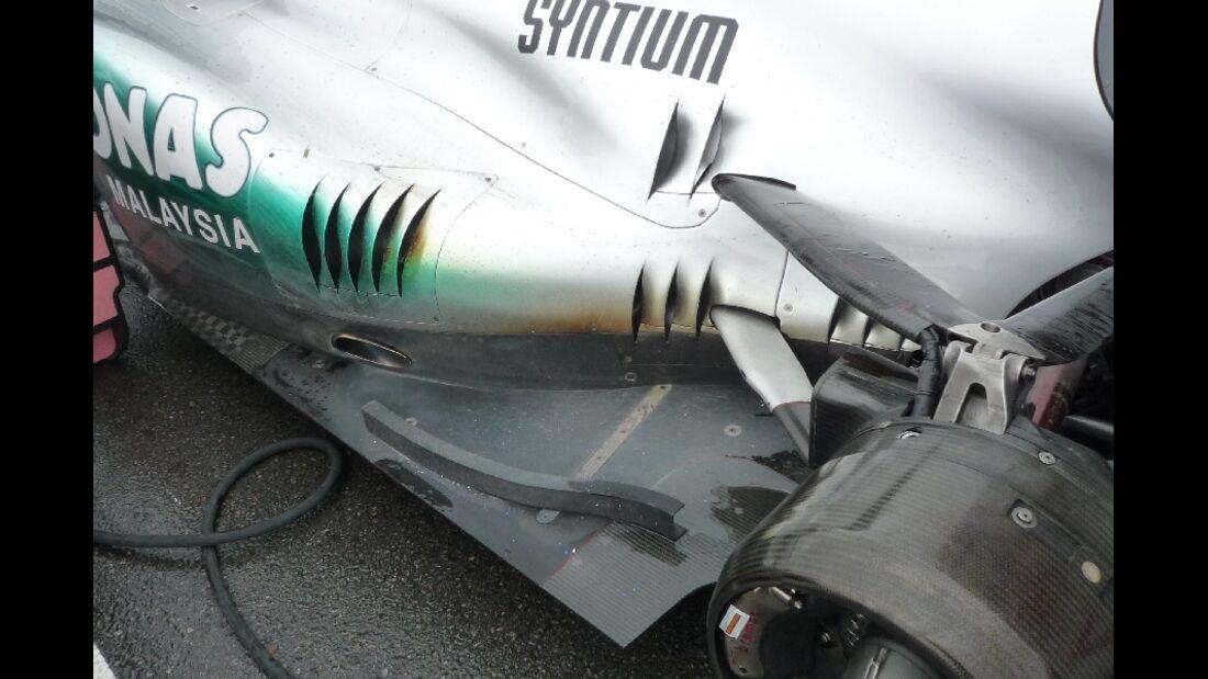 F1-Technik 2011 - Auspuff Mercedes