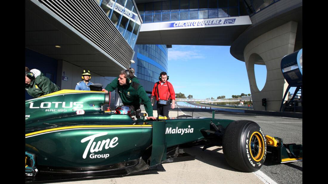 F1-Test 2010 Lotus