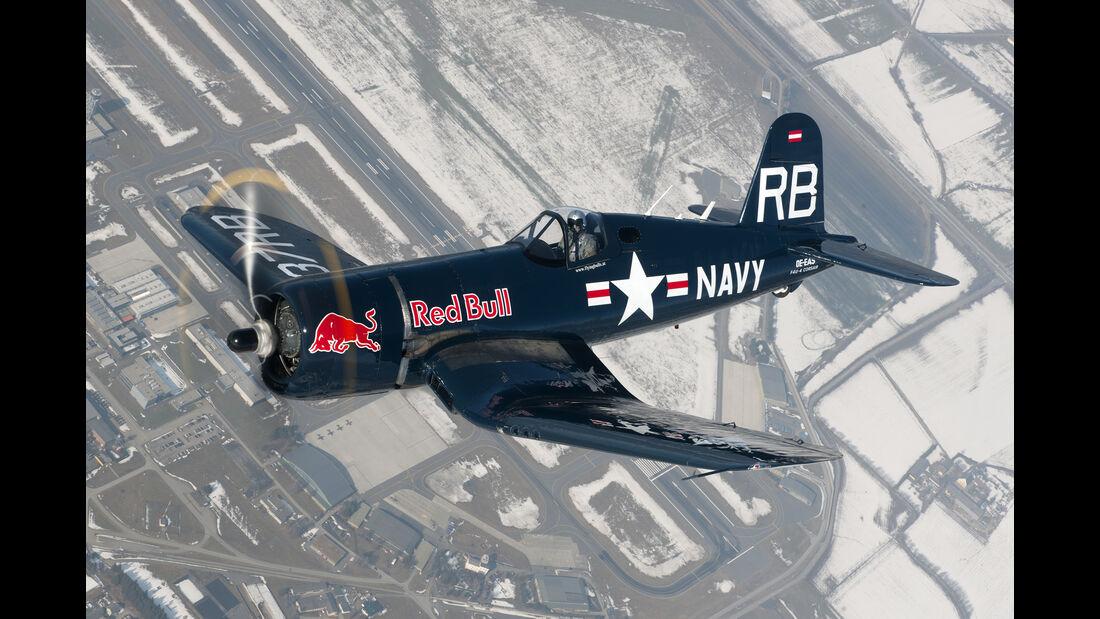 F4U Corsair - Red Bull