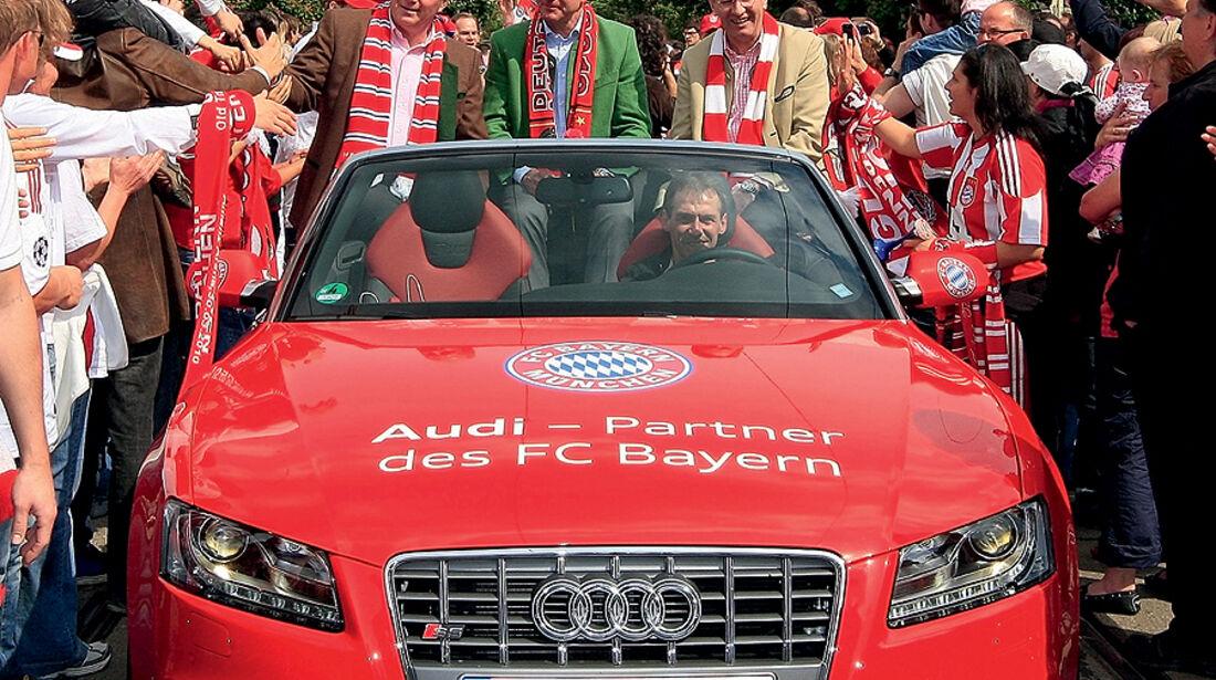 FC Bayern München Autokorso Audi S5 Cabrio