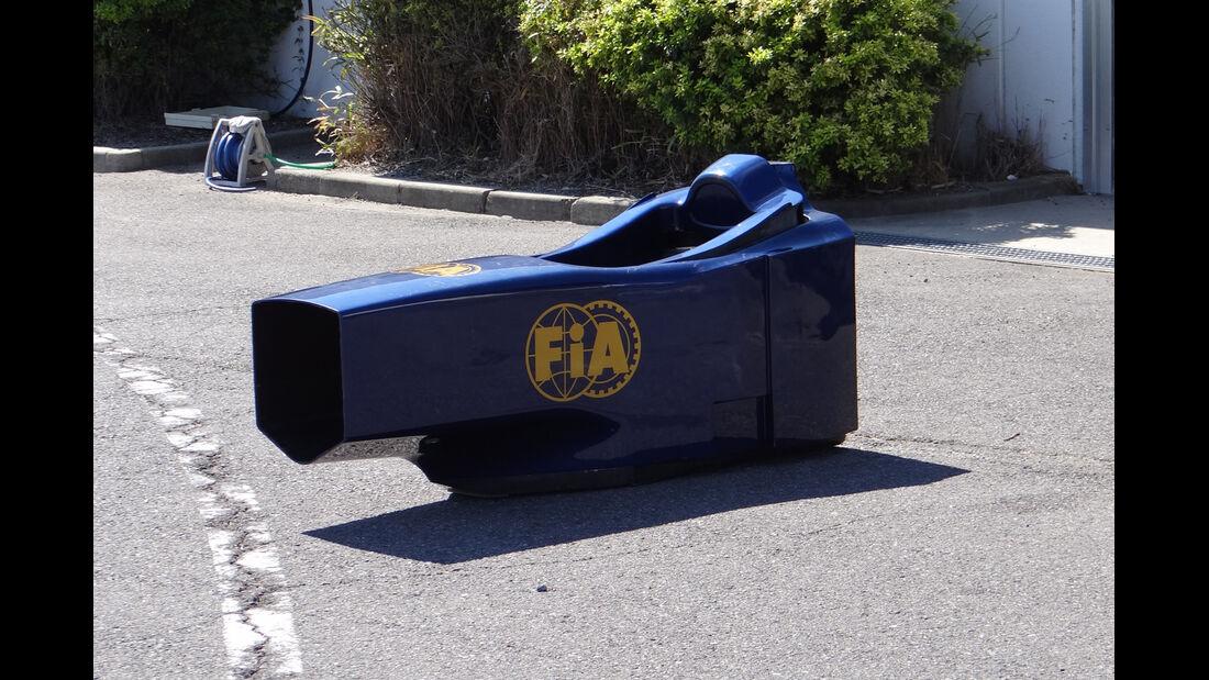 FIA Monocoque-Dummy - Formel 1 - GP Japan - Suzuka - 4. Oktober 2012