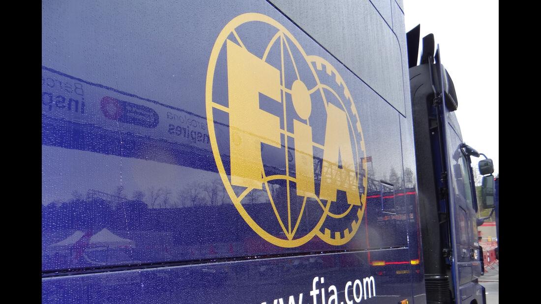 FIA-Truck - Formel 1 - Test - Barcelona - 22.Februar 2013