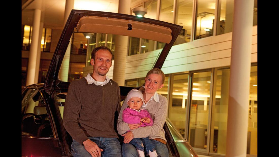 Familie Grothausmann mit ihrem  - AMC Pacer Limited V8