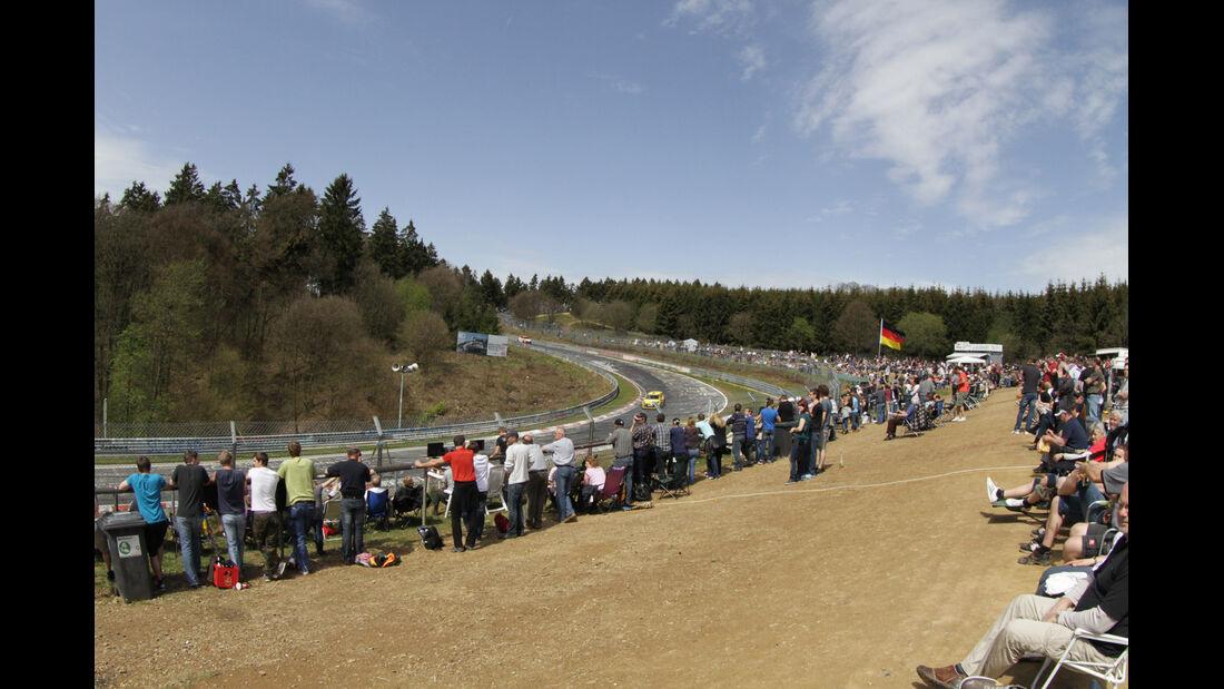 Fans, Brünnchen, VLN Langstreckenmeisterschaft Nürburgring 28-4-2012
