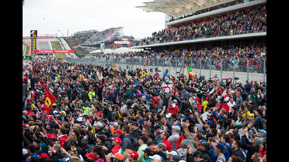 Fans - GP USA 2015