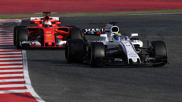 Felipe Massa - Williams FW40 - Sebastian Vettel - Ferrari SF70H - Testfahrten- Barcelona