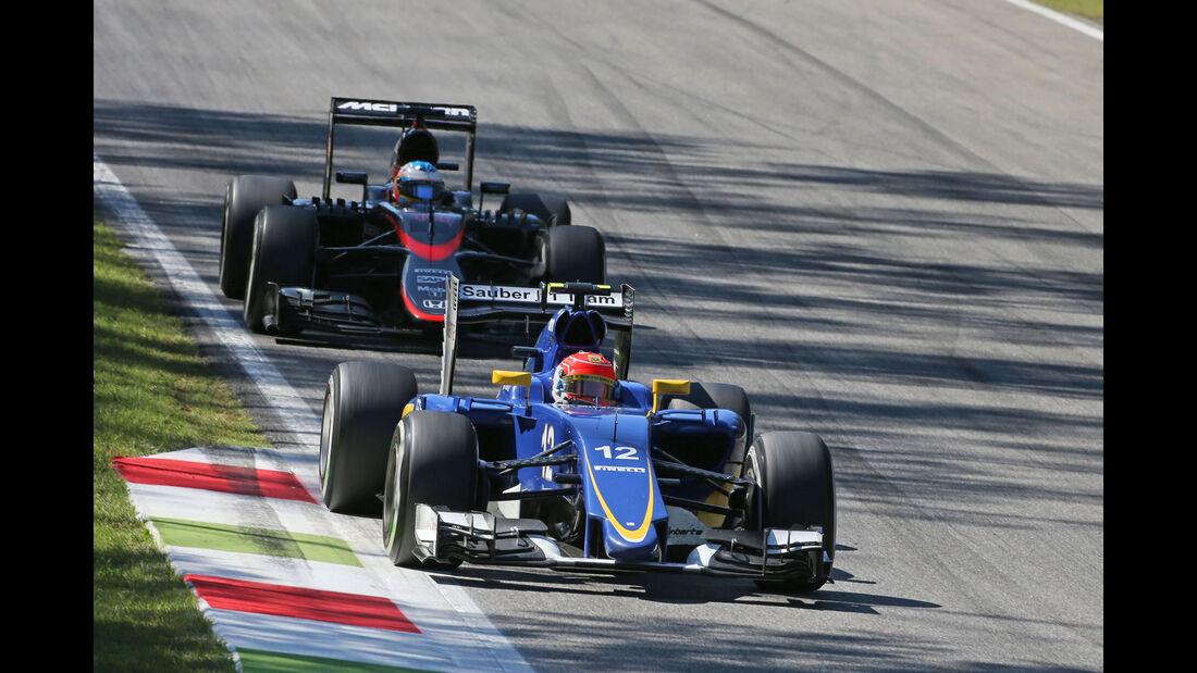 Felipe Nasr - Sauber - Fernando Alonso - McLaren-Honda - GP Italien 2015 - Monza