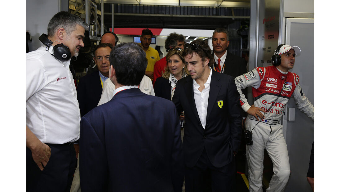 Fernando Alonso - 24h-Rennen - Le Mans 2014 - Audi - Box