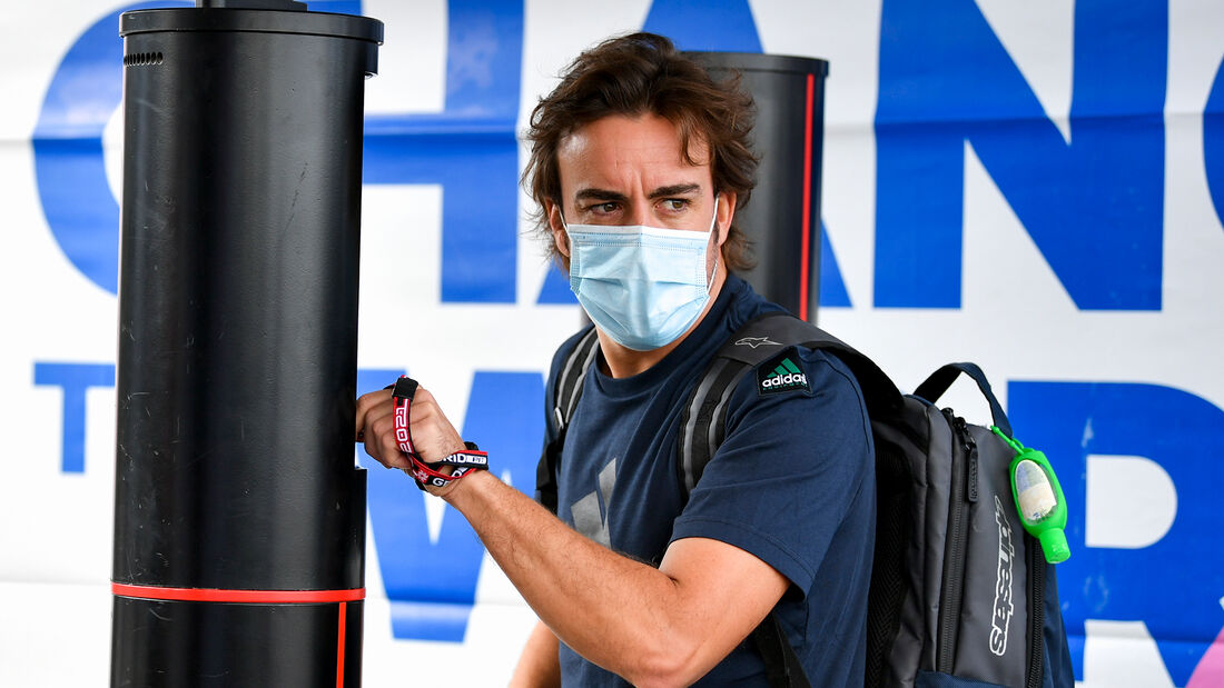 Fernando Alonso - Alpine - Formel 1 - GP Türkei - Istanbul - 7. Oktober 2021