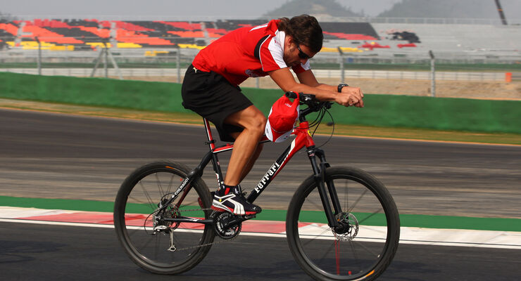 Fernando Alonso - Bike