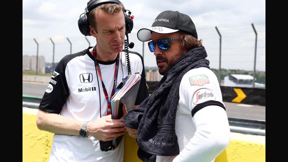 Fernando Alonso - McLaren - Formel 1 - GP Brasilien- 15. November 2015